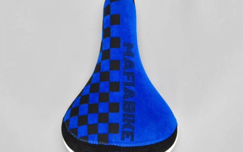 chekcer blue